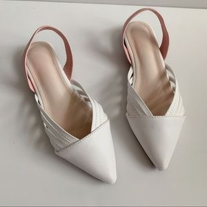 Pointed White Flats